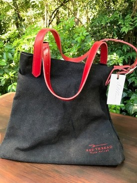 Red Thread 2 Bottle Farmers Bag Image
